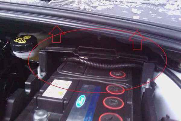 перелил воду в аккумулятор ford focus