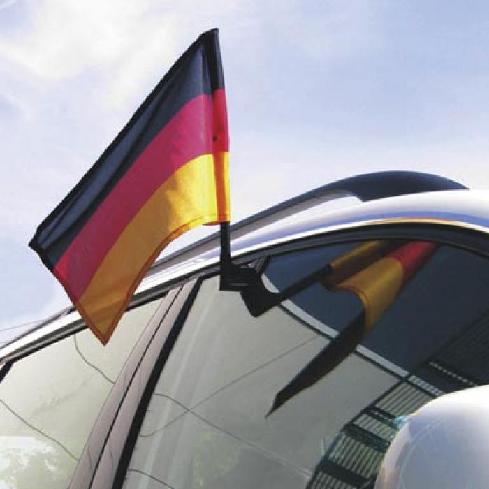 Флагшток на машину