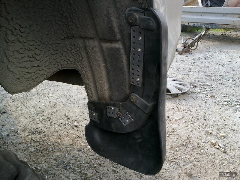 крепление заднего брызговика форд фокус 2