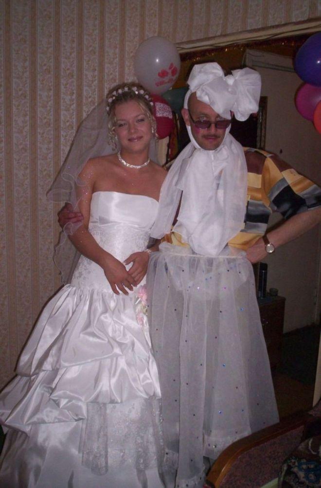Вот полюбуйтесь на дружку невесты... :D (IMG.