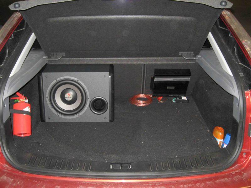 Как правильно сделать сабвуфер в машину