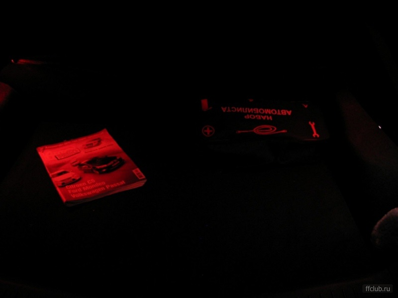 Не замок зажигания , но решил темы не плодить.  Все фото наааамного темнее , чем есть.  Багажник.  Республика Коми.