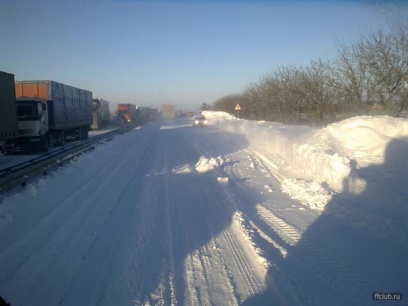 М4 ДОН Ростовская область пробка затор снег 30.01.2014