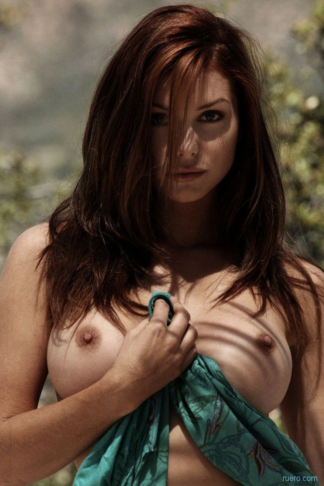 Hottest Pics Ever - Nude Tits and Lovely Boobs Pics | Topless Beauties Free Erotic Photo Galleries