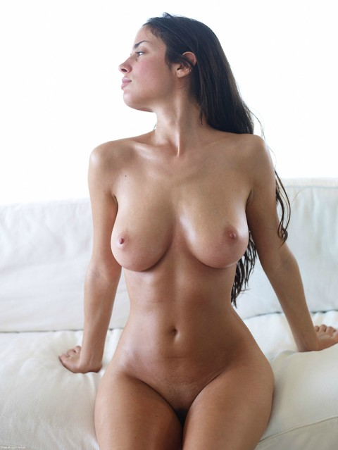 #Hottest Pics Ever - Nude Tits and Lovely Boobs Pics